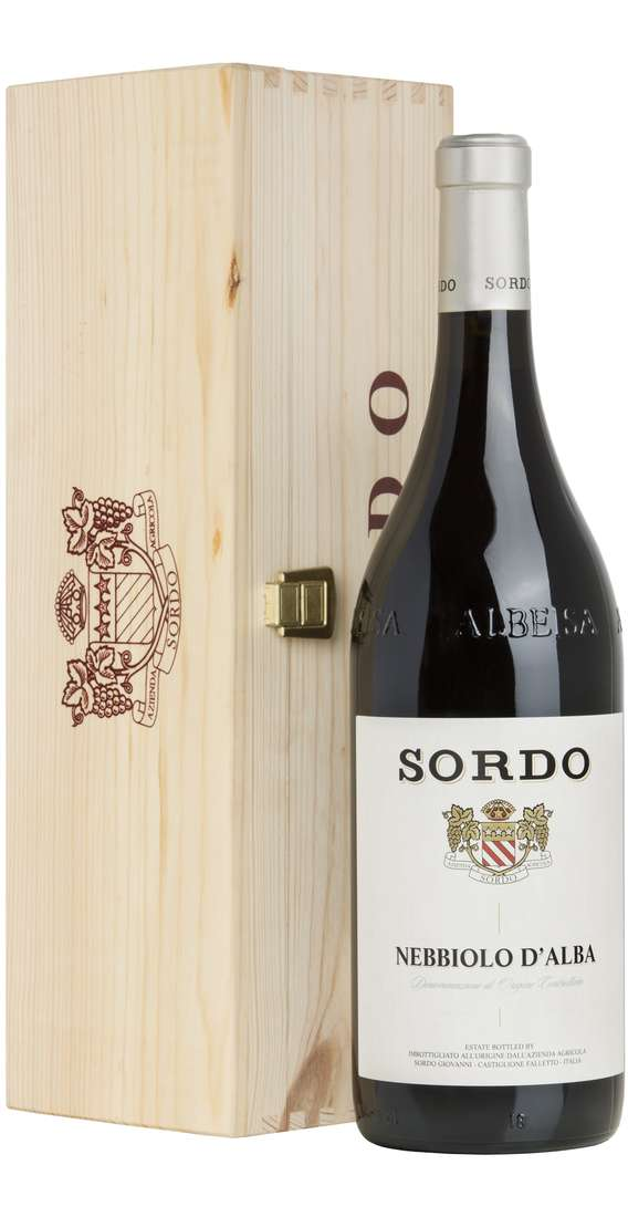Magnum 1,5 Liters Nebbiolo DOC In Wooden Box